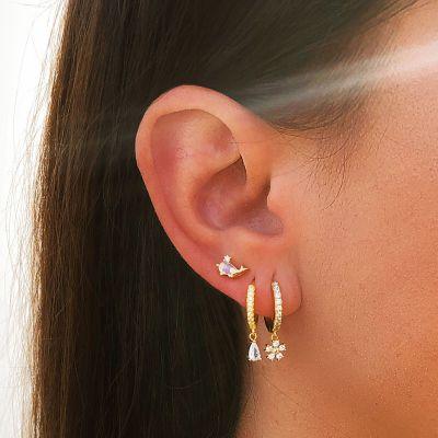 Piercings de oreja en oro con piedras